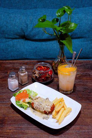 Foto 1 - Makanan di PLUIE Cafe & Resto oleh yudistira ishak abrar