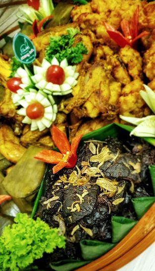Foto 1 - Makanan(Lauk Liwetan) di Warung Sunda Ceu Kokom oleh Avien Aryanti