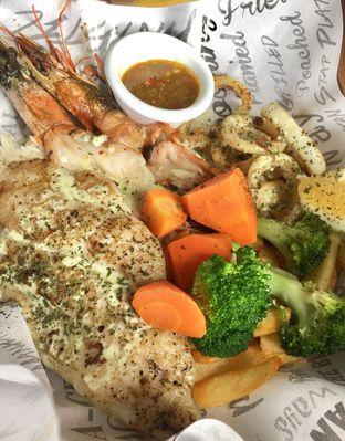 Foto 3 - Makanan di The Manhattan Fish Market oleh Andrika Nadia