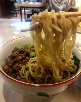 Foto 2 - Makanan di Bakmi Sombong oleh Jacklyn  || IG: @antihungryclub