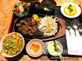 Foto 3 - Makanan(Meltique Steak & garlic rice) di Fujin Teppanyaki & Japanese Whisky oleh Sienna Paramitha