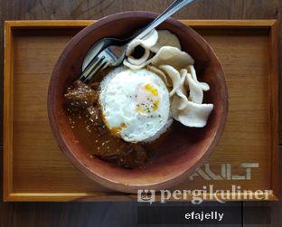 Foto 1 - Makanan(Beef Rendang) di The Vault Board Game Cafe oleh efa yuliwati