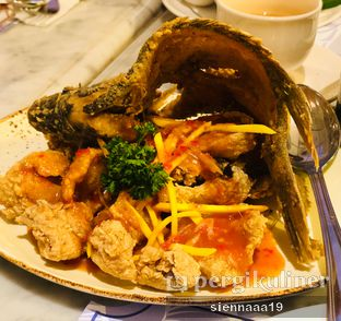 Foto 1 - Makanan(Gurame Goreng Sambal Bunga Kencong) di Blue Jasmine oleh Sienna Paramitha