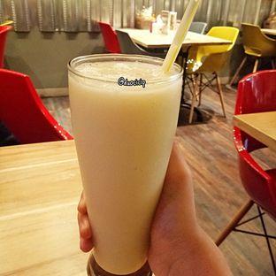 Foto 3 - Makanan(Jus Duren) di Cafe MKK oleh felita [@duocicip]