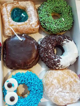 Foto 2 - Makanan di Dunkin' Donuts oleh duocicip