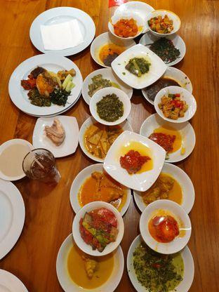 Foto 1 - Makanan di Padang Merdeka oleh Makan2 TV Food & Travel
