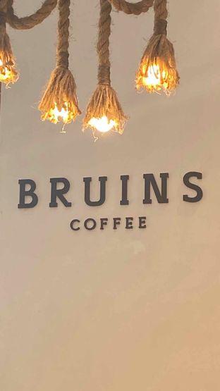 Foto 19 - Interior di Bruins Coffee oleh Levina JV (IG : @levina_eat & @levinajv)