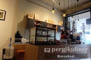 Foto 6 - Interior di DuaTujuLapan Coffee oleh Darsehsri Handayani