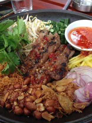 Foto DIY Thai Steak Salad di Miss Bee Providore