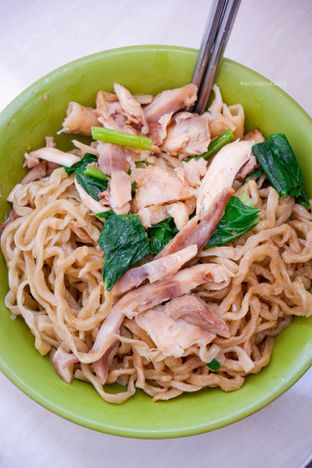 Foto 1 - Makanan di Mie Ayam Acing oleh Indra Mulia