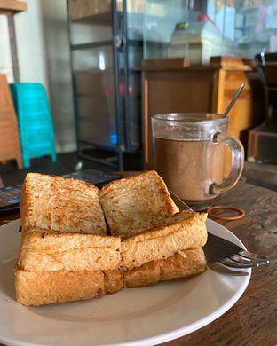 Foto 1 - Makanan di Roti Gempol oleh Alexandra  Damayanthie