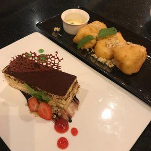 Foto 3 - Makanan(Tiramisu & Leche Frita) di Bottega Ristorante oleh Pengembara Rasa
