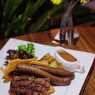 Foto review Expatriate Restaurant oleh Suyanto Fong 2