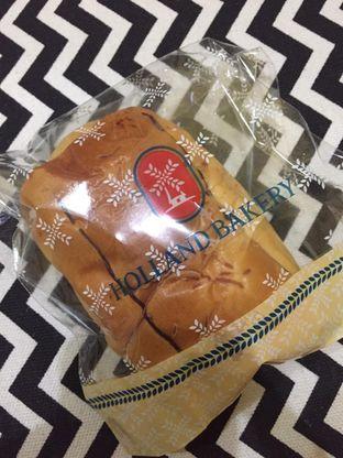 Foto 4 - Makanan di Holland Bakery oleh yudistira ishak abrar