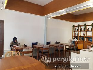 Foto 4 - Interior di Simetri Coffee Roasters oleh Kezia Nathania