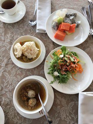 Foto - Makanan di The Restaurant - Hotel Padma oleh Yessica Angkawijaya