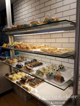 Foto 2 - Interior di Home Made Bakery oleh Ladyonaf @placetogoandeat