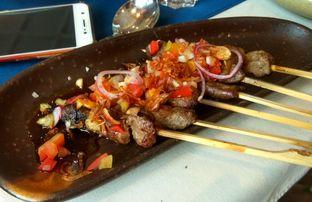 Foto 7 - Makanan(Lamb Satay) di Eastern Opulence oleh Renodaneswara @caesarinodswr