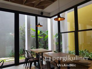 Foto 10 - Interior di Cecemuwe Cafe and Space oleh UrsAndNic