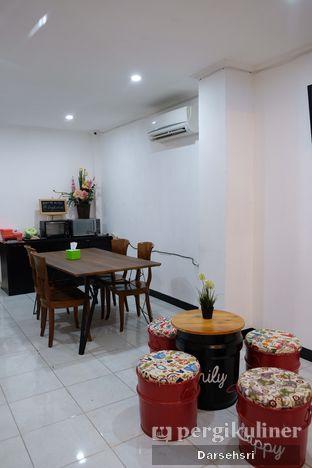 Foto 8 - Interior di Caffo oleh Darsehsri Handayani