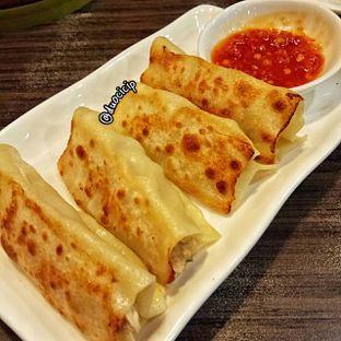 Foto 4 - Makanan(Kuo Tie) di Lamian Palace oleh felita [@duocicip]