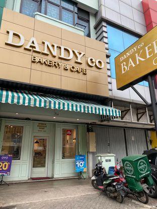 Foto 2 - Eksterior di Dandy Co Bakery & Cafe oleh rennyant