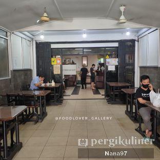 Foto 7 - Interior di Bakmi Ayam Alok oleh Nana (IG: @foodlover_gallery)