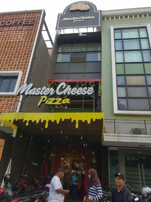Foto 5 - Eksterior(Pintu Masuk) di Master Cheese Pizza oleh Adhy Musaad