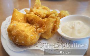 Foto 4 - Makanan(Pangsit Goreng Udang Mayones) di Taipan Kitchen oleh Velvel