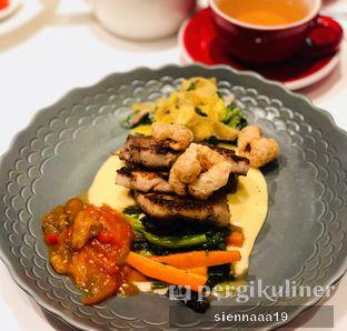 Foto 1 - Makanan(grilled pork belly) di AMKC Atelier oleh Sienna Paramitha