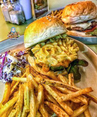 Foto - Makanan di Goods Burger oleh @Foodbuddies.id | Thyra Annisaa