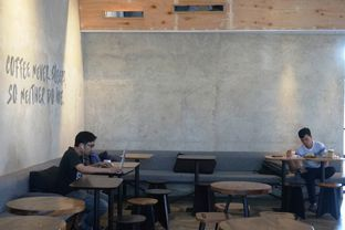 Foto 4 - Interior di Crematology Coffee Roasters oleh Prido ZH