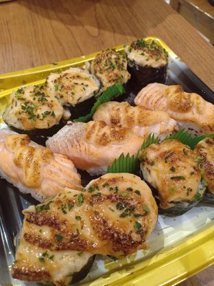 Foto - Makanan di Sushi & Sashimi oleh Dwi Izaldi