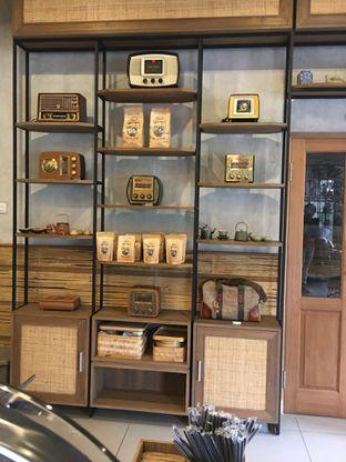Foto 6 - Interior di Kopi Warga oleh Mariane  Felicia