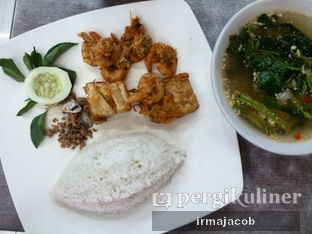 Foto review Tip Top Spesial Nasi Timbel oleh irma jacob 1