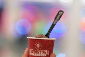 Foto Cold Stone Creamery