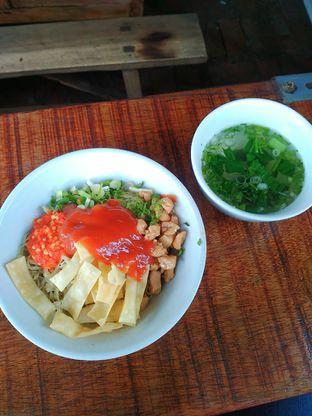 Foto 1 - Makanan di Mie Ayam Bi Bet oleh yulina pribadi