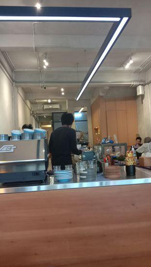 Foto 2 - Interior di Makmur Jaya Coffee Roaster oleh Ana Farkhana
