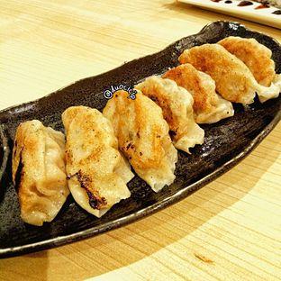 Foto 6 - Makanan(Gyouza) di Ippeke Komachi oleh felita [@duocicip]