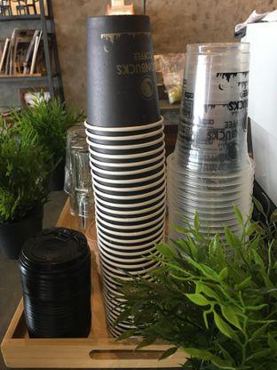 Foto 14 - Interior di Moonbucks Coffee oleh Mariane  Felicia