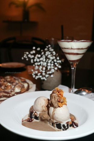 Foto 10 - Makanan di Gia Restaurant & Bar oleh thehandsofcuisine