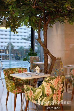 Foto 5 - Interior di Gram Cafe & Pancakes oleh Darsehsri Handayani