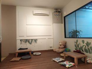 Foto 3 - Interior di Komune Cafe oleh Ester A