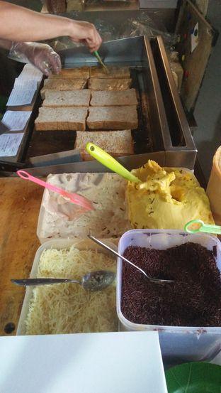 Foto 5 - Makanan di Roti Gempol oleh Review Dika & Opik (@go2dika)
