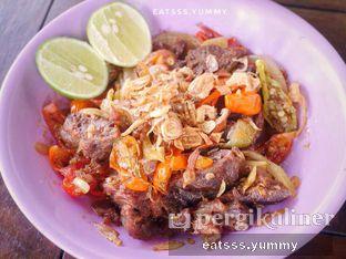 Foto 5 - Makanan(Oseng Daging) di Soto & Sop Khas Betawi Bang Nawi oleh Yummy Eats