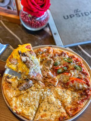 Foto 9 - Makanan di The Upside oleh heiyika
