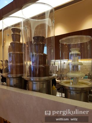 Foto 5 - Interior di MOREAU Chocolatier's Cafe oleh William Wilz