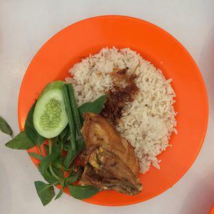 Foto 3 - Makanan di Nasi Uduk Pak Jhon oleh Aghni Ulma Saudi