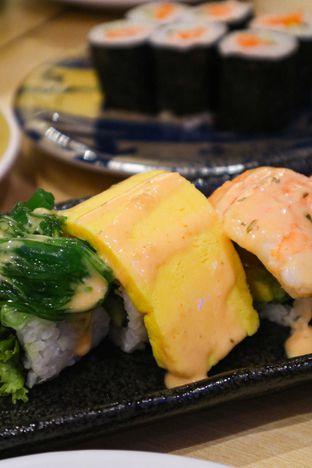 Foto 4 - Makanan di Kappa Sushi oleh thehandsofcuisine