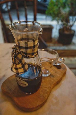Foto 13 - Interior di Mokapot Coffee Talk oleh yudistira ishak abrar